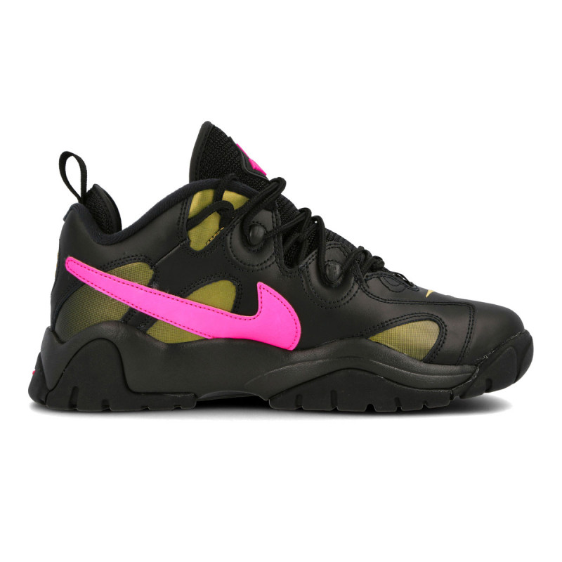 NIKE AIR BARRAGE LOW QS